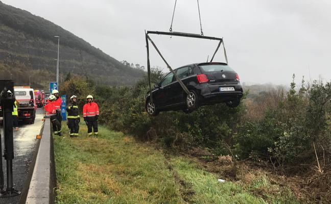 Un nuevo accidente múltiple provoca retenciones en la A-8