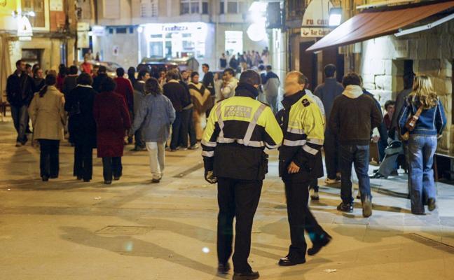 Los hosteleros reclaman «más vigilancia policial» para evitar menores en los bares
