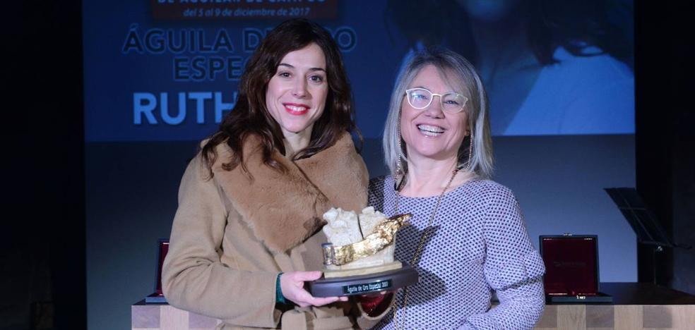 La actriz Ruth Díaz recibe el Águila de Oro Especial del Festival de Aguilar