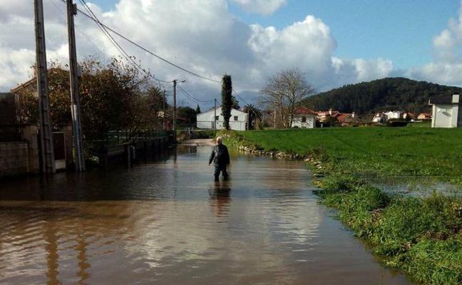 «Algunos no pueden salir de sus casas sin mojarse hasta las rodillas»