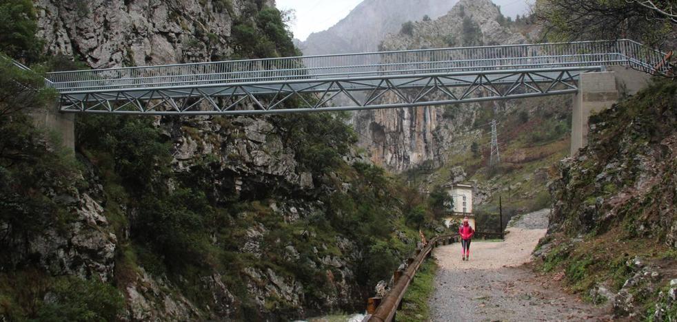El puente sobre el río Urdón
