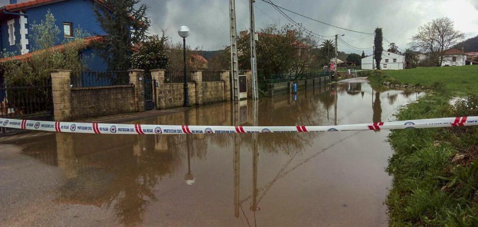 «Estamos ya aburridos de las inundaciones»