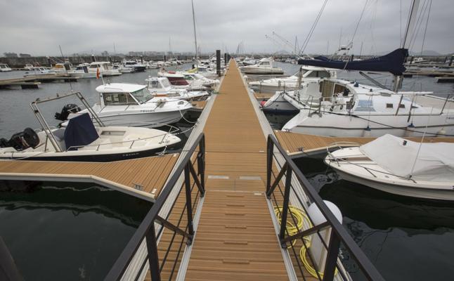 El Club Náutico pide más atraques en el puerto de Laredo
