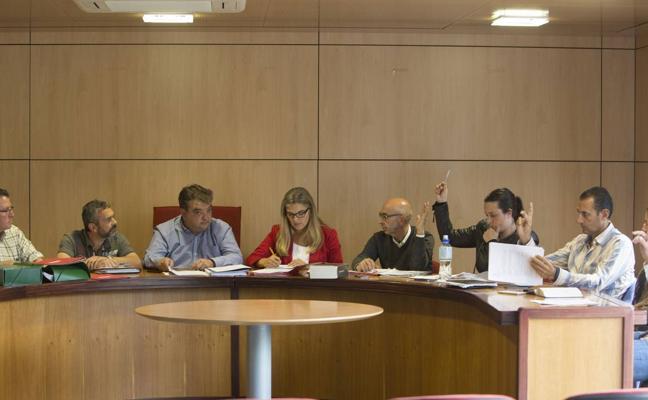 El Pleno rechaza una modificación de crédito para pagar la ayuda al Noja