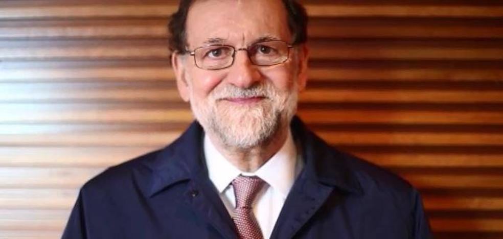 Rajoy graba un vídeo para felicitar la Navidad al PP de Cantabria