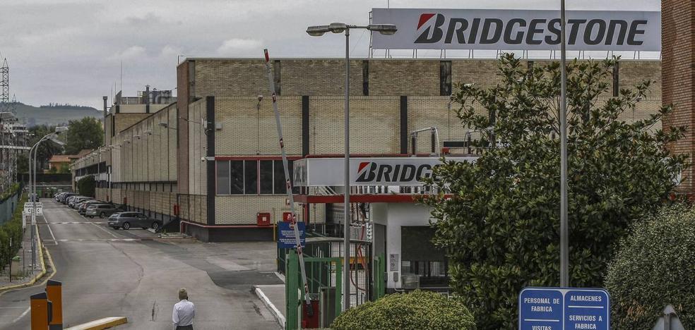 Los sindicatos amenazan con huelga en Bridgestone por el nuevo convenio