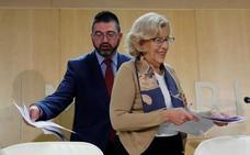 Carmena abre una crisis en el Ayuntamiento de Madrid al destituir al consejero de Economía