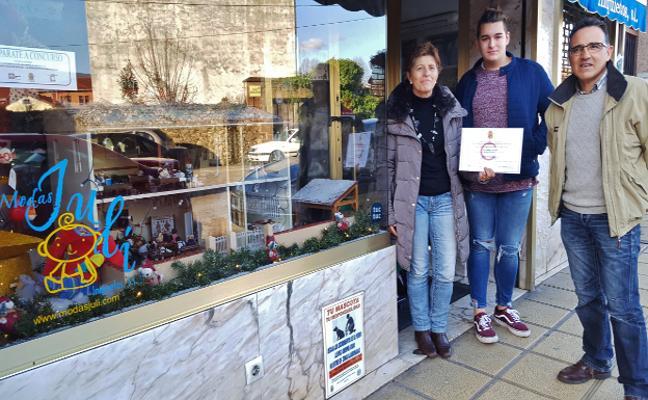 'Moda Infantil Juli' se lleva el concurso de escaparates de Los Corrales