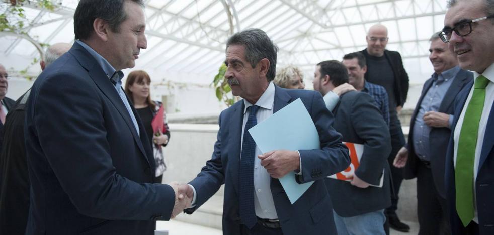 PRC y PSOE reconocen el pacto con Carrancio tras desechar la opción de Podemos