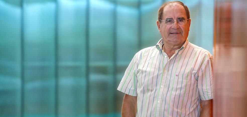 El periodista de El Diario Montañés Jesús Martínez Teja obteniene el premio José Estrañi