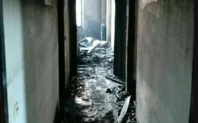 Dos trasladados a Valdecilla tras el incendio de un piso en Isaac Peral