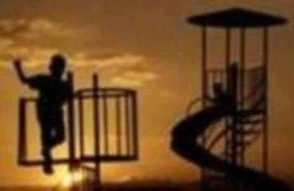 Reocín pide ayuda a Obras Públicas para arreglar los parques infantiles