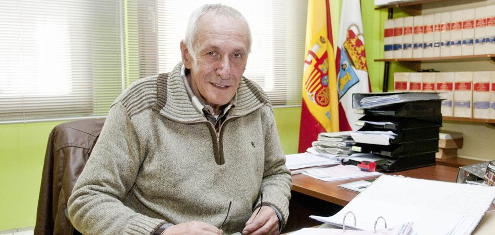 Fallece el concejal de Urbanismo y Obras de Reocín, el regionalista Fermín San José