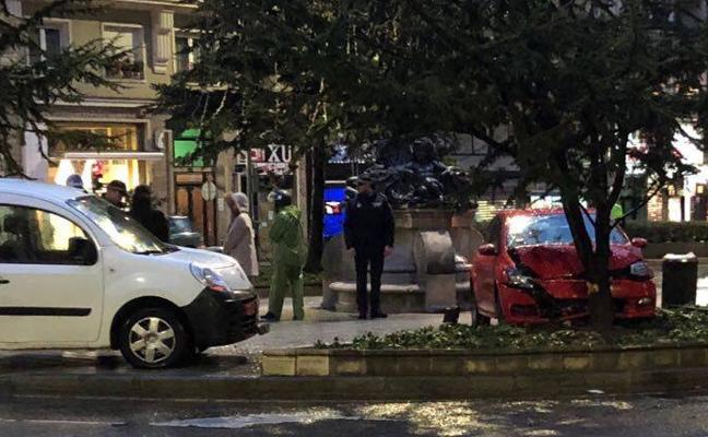 Aparatoso accidente en la calle Vargas de Santander