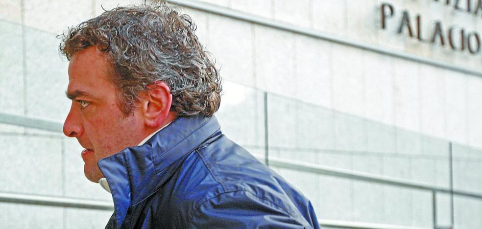 Detenido el exfutbolista De Pedro, acusado de agredir a su pareja