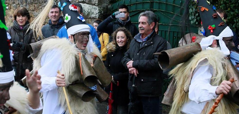 Revilla augura «más tensiones internas» en las filas del PSOE