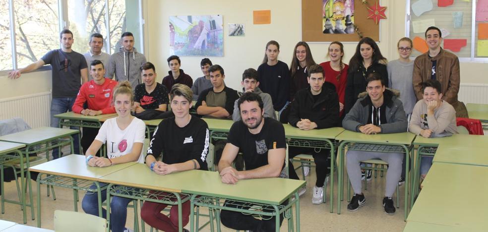 Alumnos en busca de un futuro laboral
