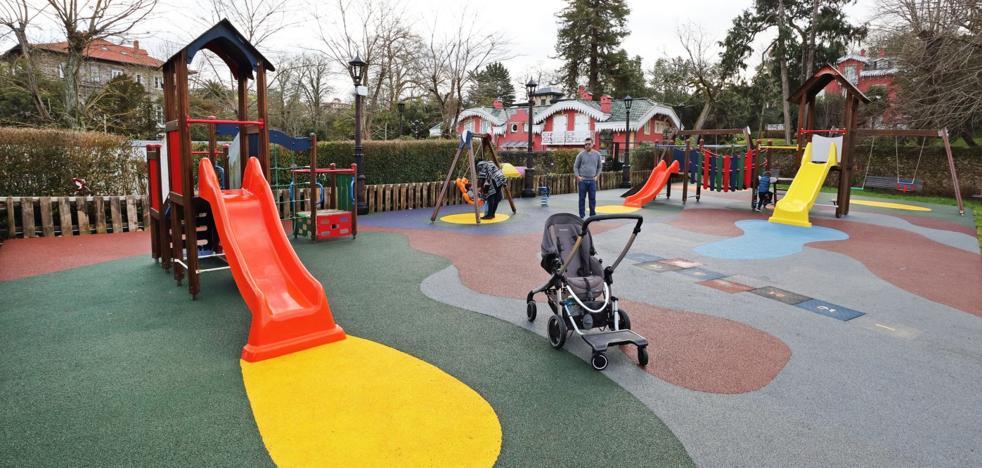 Comillas mejora el parque infantil de la campa de Sobrellano