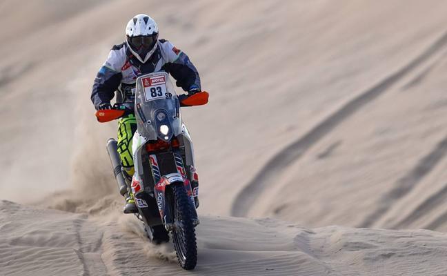 Chus Puras se despide del Dakar tras otra caída en la que se ha vuelto a dañar la clavícula
