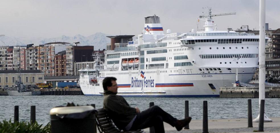 El Gobierno confirma la nueva conexión marítima con el puerto irlandés de Cork