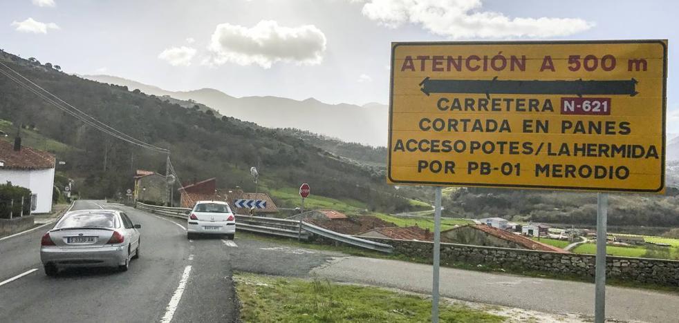 La carretera del Desfiladero estará cortada por obras hasta mañana a las dos de la tarde