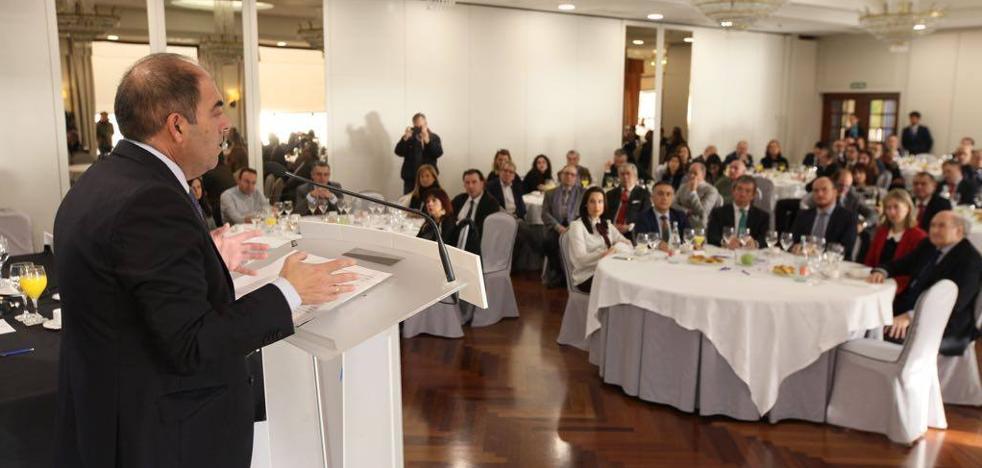 Lorenzo Amor : «Los autónomos pueden crear 2.000 empleos este año en Cantabria, 800 por cuenta propia y 1.200 por cuenta ajena»
