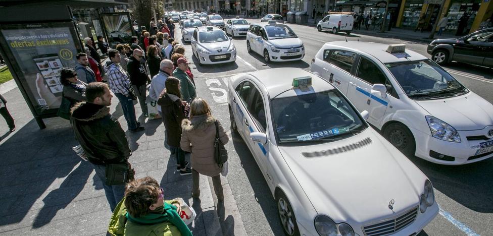 Los parkings de Santander suben un 1,5 % y las tarifas mínimas de taxi, cinco céntimos