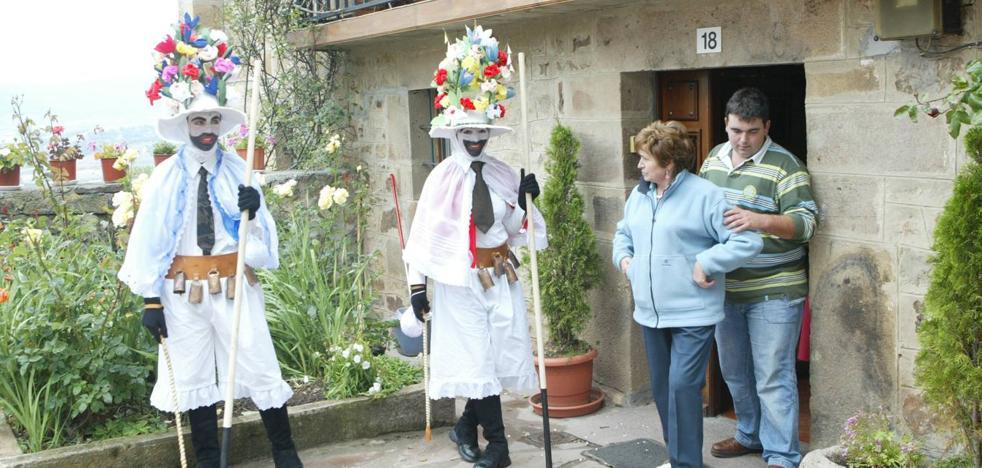 ADIC denuncia la «contradicción» del Gobierno al no declarar como Bien de Interés las Mascaradas