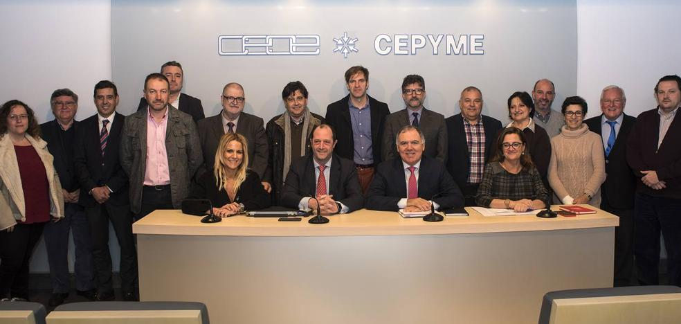 La CEOE cumple con el órdago al Gobierno y elaborará su Plan de Desarrollo para Cantabria