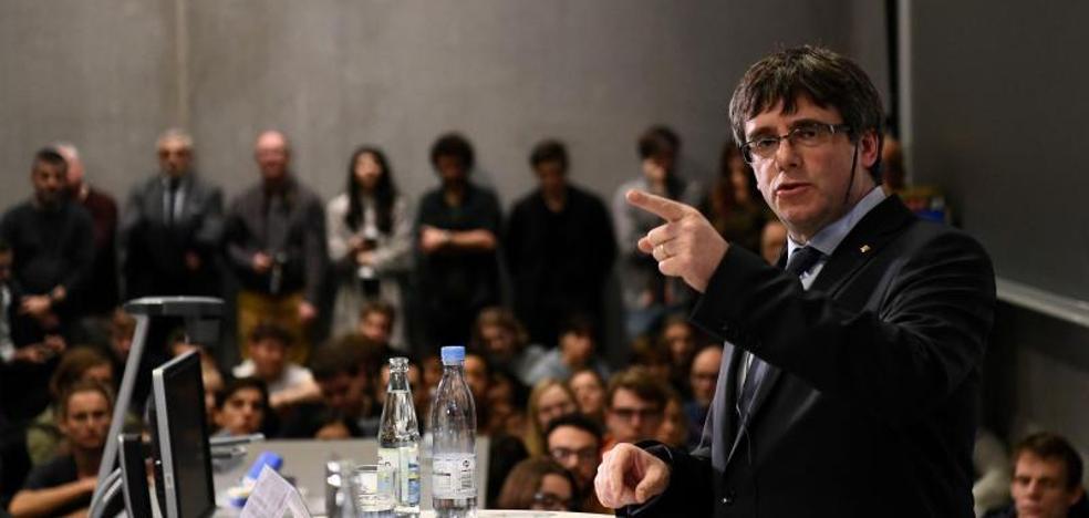 Puigdemont es cuestionado sobre el proceso secesionista en la Universidad de Copenhague