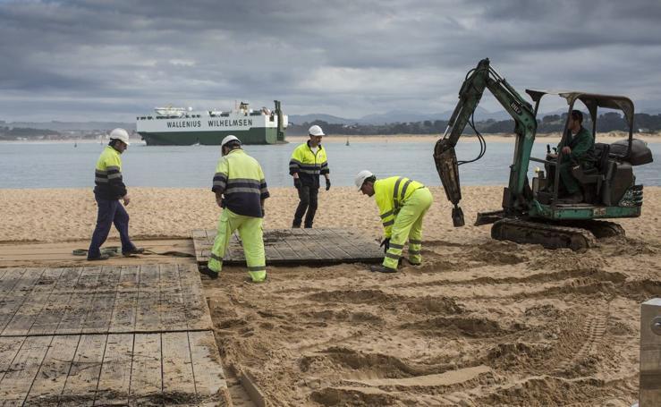 Arrancan las obras para estabilizar la arena de La Magdalena y Peligros