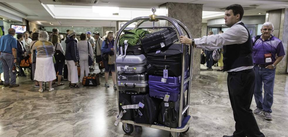 El Convenio de Hostelería de Cantabria garantiza que no haya salarios por debajo de los 1.000 euros