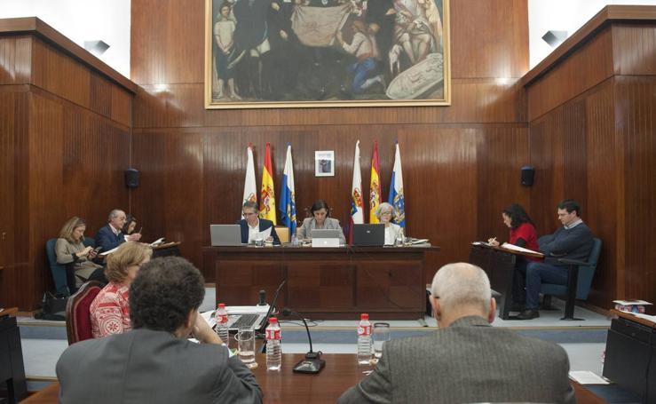 El Pleno ha rechazado la dimisión de Miriam Díaz