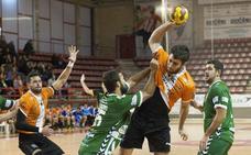 El Balonmano Torrelavega se la juega ante el líder