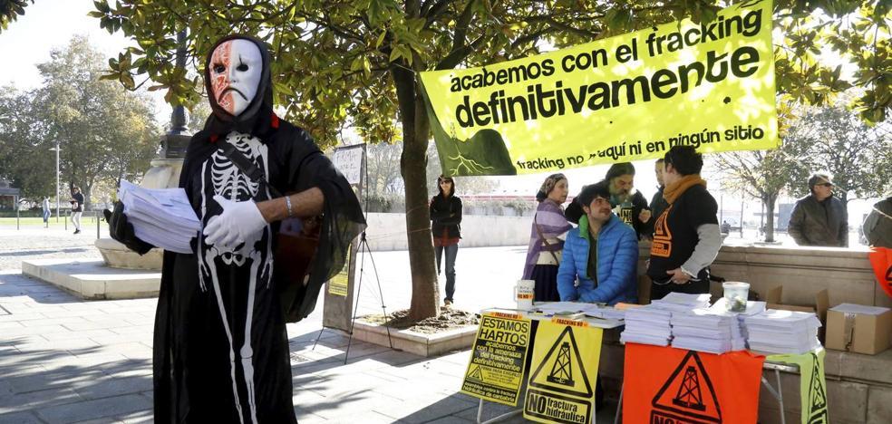 La Asamblea contra el Fracking alerta de que el Gobierno no ha dado «carpetazo definitivo» a la amenaza en Cantabria