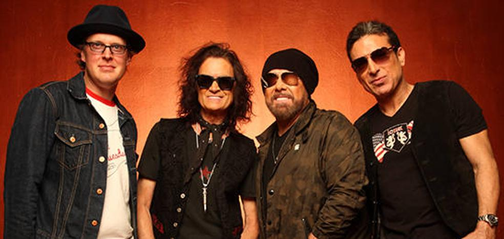 Black Country Communion, el supergrupo de Glenn Hughes