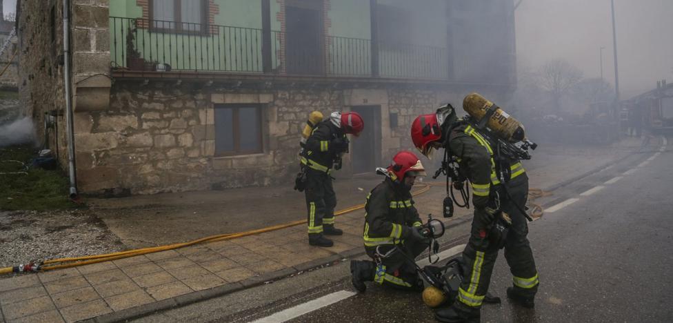 Campoo de Yuso instalará una red de hidrantes para luchar contra los incendios