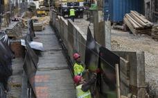 Los 70 metros de rampas mecánicas ya se adivinan en la calle Lope de Vega