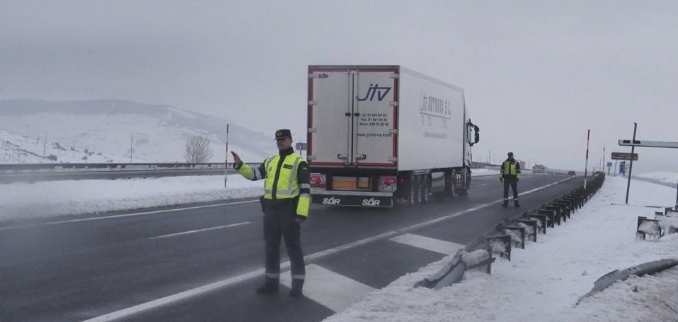 «Vemos gente en la nieve con ruedas sin dibujo»