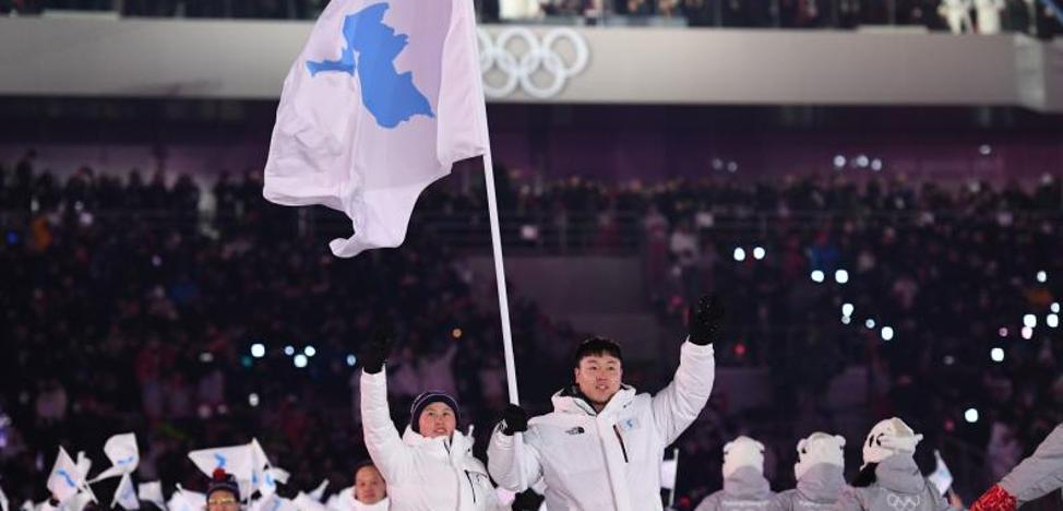 Las dos Coreas lanzan un mensaje de paz en la apertura de los Juegos