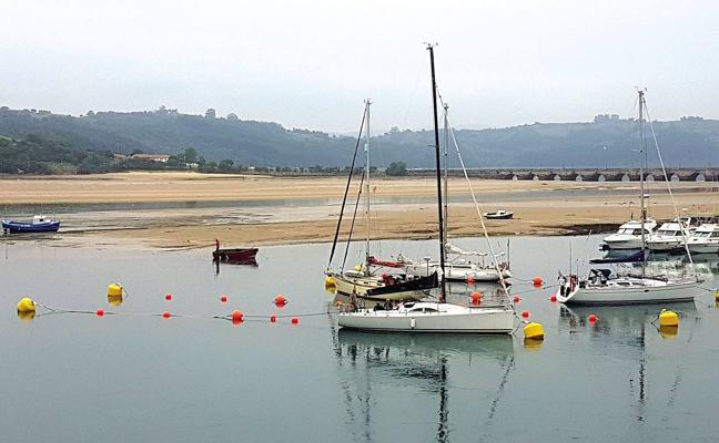 Tezanos se desmarca del PSOE y apoya el proyecto del puerto de San Vicente