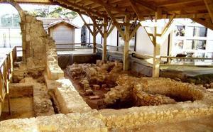 Camargo rehabilita el tejado de las termas romanas