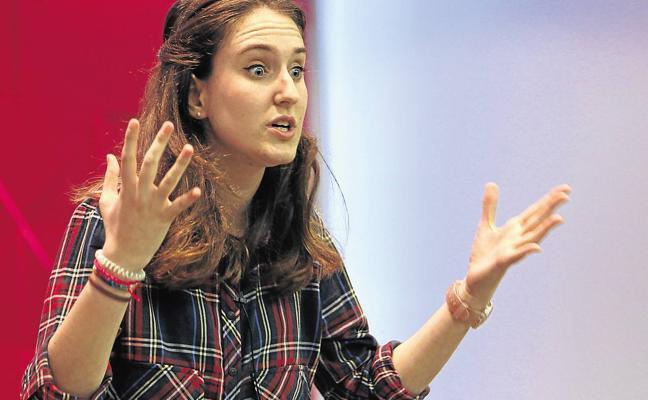 La UC celebra su tercer concurso de monólogos en inglés