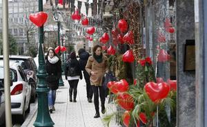 El comercio de Torrelavega «enamora» por San Valentín con grandes descuentos y promociones