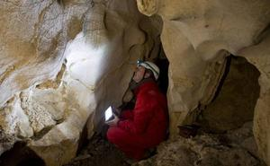 La Cueva Áuria, descubierta en 2015 en Peñarrubia, protagonista en una publicación internacional
