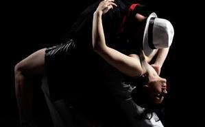'Un tango, varias coplas y una canción de Serrat' en el Café de las Artes