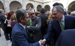 Revilla acusa a De la Serna de aplicar un «155 encubierto» al apoyar a la CEOE y el ministro le reprocha su «pataleta infantil»