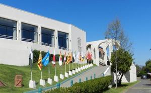 La nueva Ley de Casas de Cantabria prevé ayudas y apoyo a los «cántabros retornados»