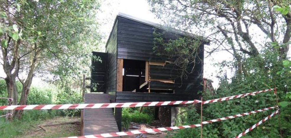 El Ayuntamiento de Camargo gastó 51.000 euros en 2017 para reparar daños provocados por actos vandálicos