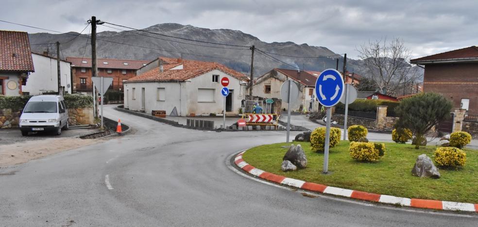 Los Corrales revisará el proyecto de reordenación del tráfico